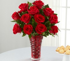 in love with red roses bouquet