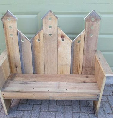 2019 cottage and country bench 2